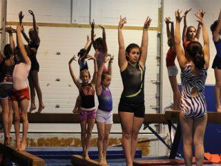 Тренировка по гимнастика