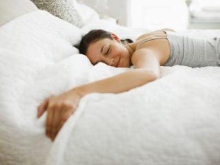 сън, спяща жена