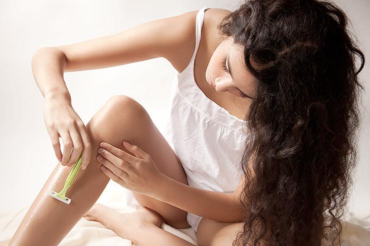 бръснене, жена, крака