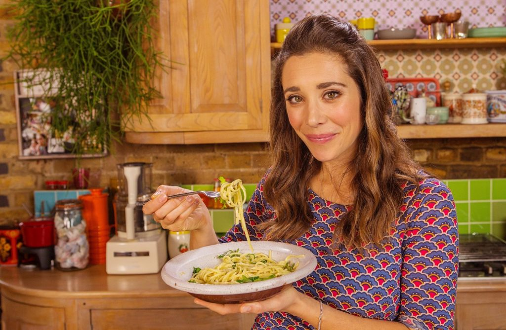 Picture Shows: Michela holding bowl of tuna, rocket and lemon spaghetti