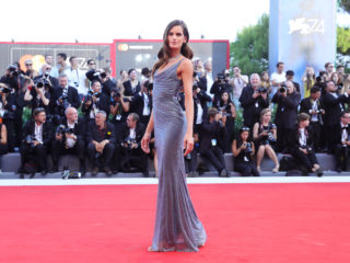 VENICE, ITALY - AUGUST 30:  Izabel Goulart walks the red carpet ahead of the 'Downsizing' screening and Opening Ceremony during the 74th Venice Film Festival at Sala Grande on August 30, 2017 in Venice, Italy.  (Photo by Vittorio Zunino Celotto/Getty Images)
