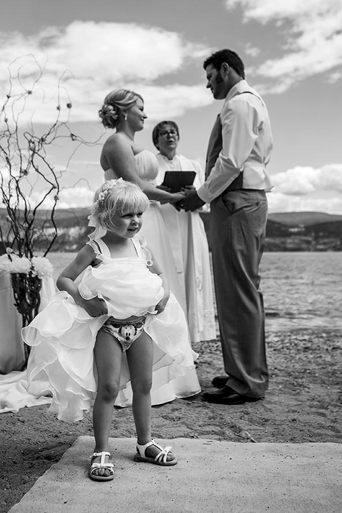 kids-at-weddings-154-59c2265f727fa__700