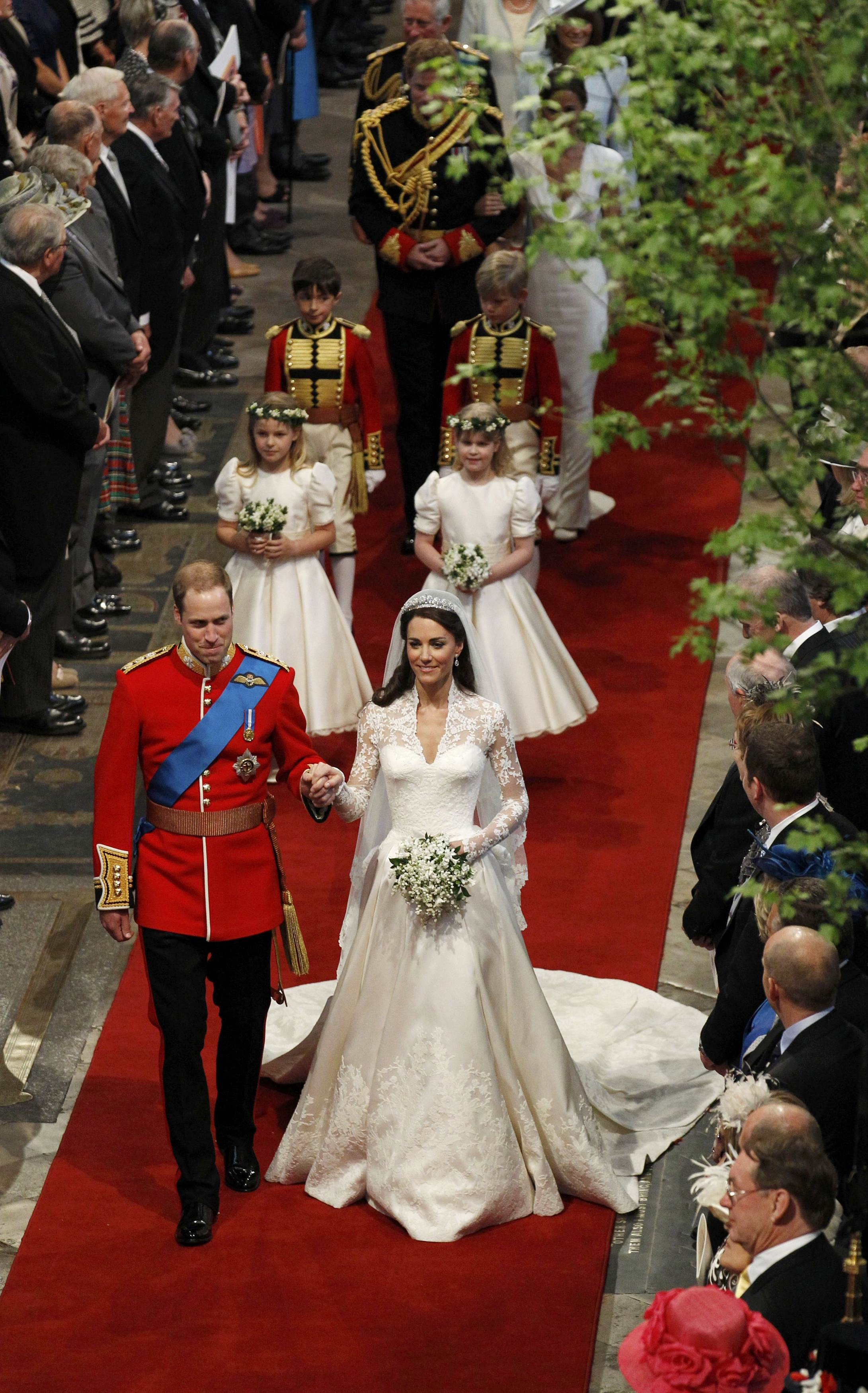 LONDON - APRIL 29: Prince William, Duke of Cambridge and Princess Catherine, Duchess of Cambridge leave the Westminster Abbey after their wedding ceremony on April 29, 2011 in London,England. (Photo by Suzanne Plunkett - WPA Pool/Getty Images)