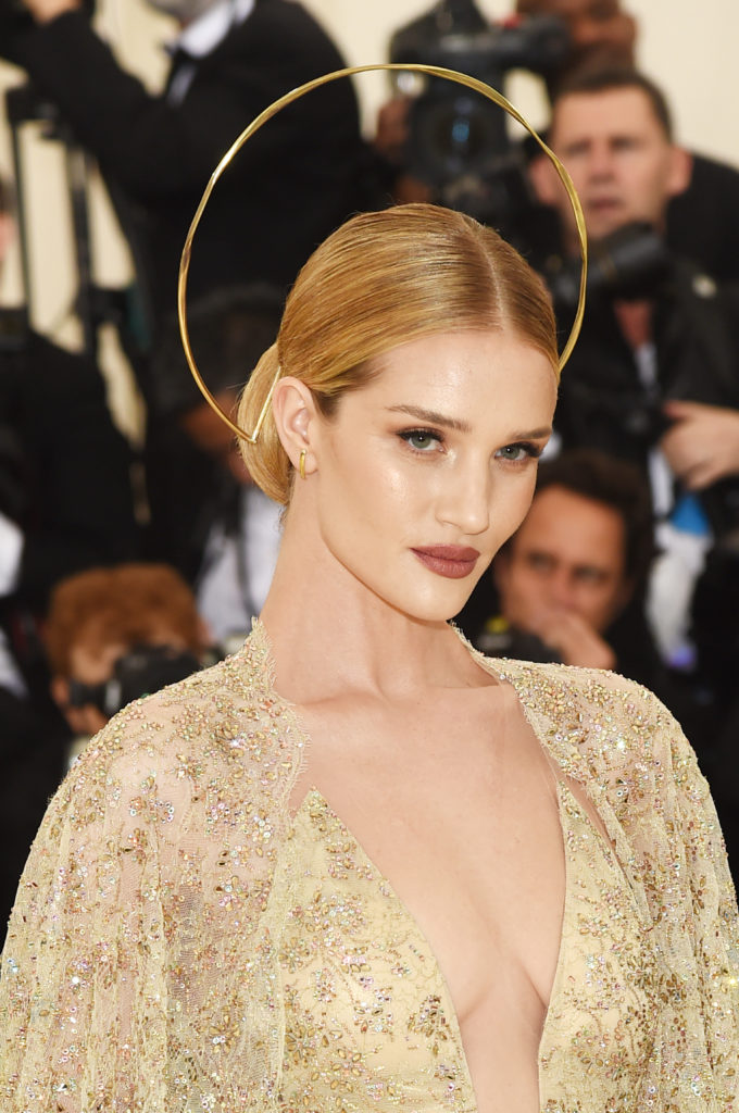 NEW YORK, NY - MAY 07:  Rosie Huntington-Whiteley attends the Heavenly Bodies: Fashion & The Catholic Imagination Costume Institute Gala at The Metropolitan Museum of Art on May 7, 2018 in New York City.  (Photo by Jamie McCarthy/Getty Images)