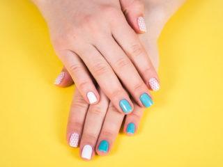 gel-manicure-1526056063