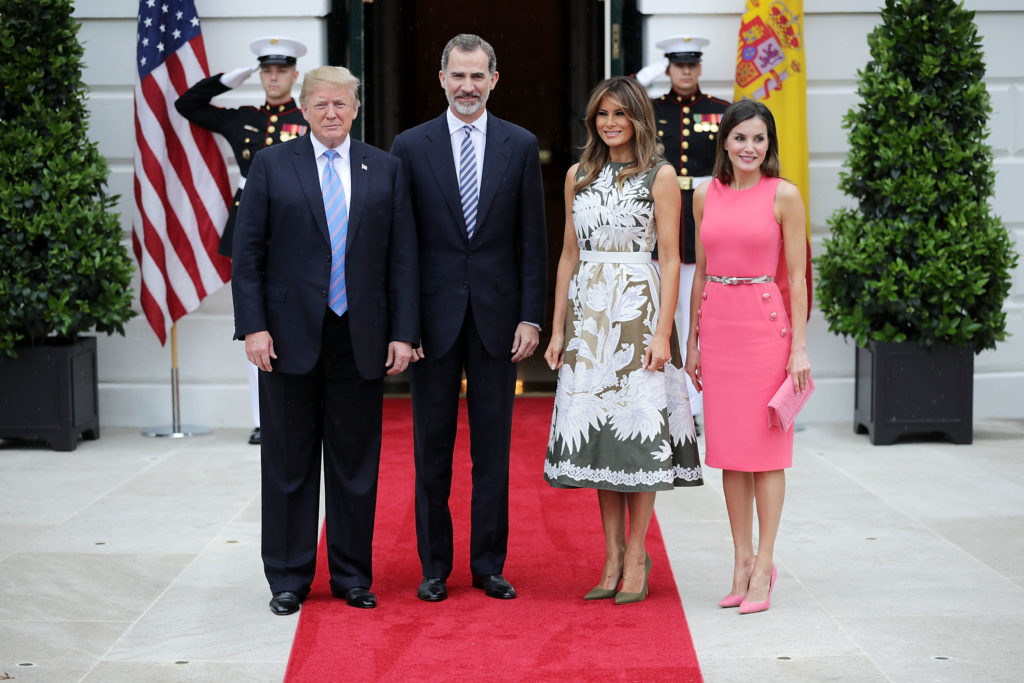 WASHINGTON, DC - JUNE 19:  (L-R) U.S. President Donald Trump, King Felipe VI of Spain, first lady Melania Trump and Queen Letizia of Spain pose for photographs outside the White House June 19, 2018 in Washington, DC. The Spanish royals visited San Antonio, Texas, and New Orleans, Louisiana, before traveling to Washington to meeting with Trump.  (Photo by Chip Somodevilla/Getty Images)