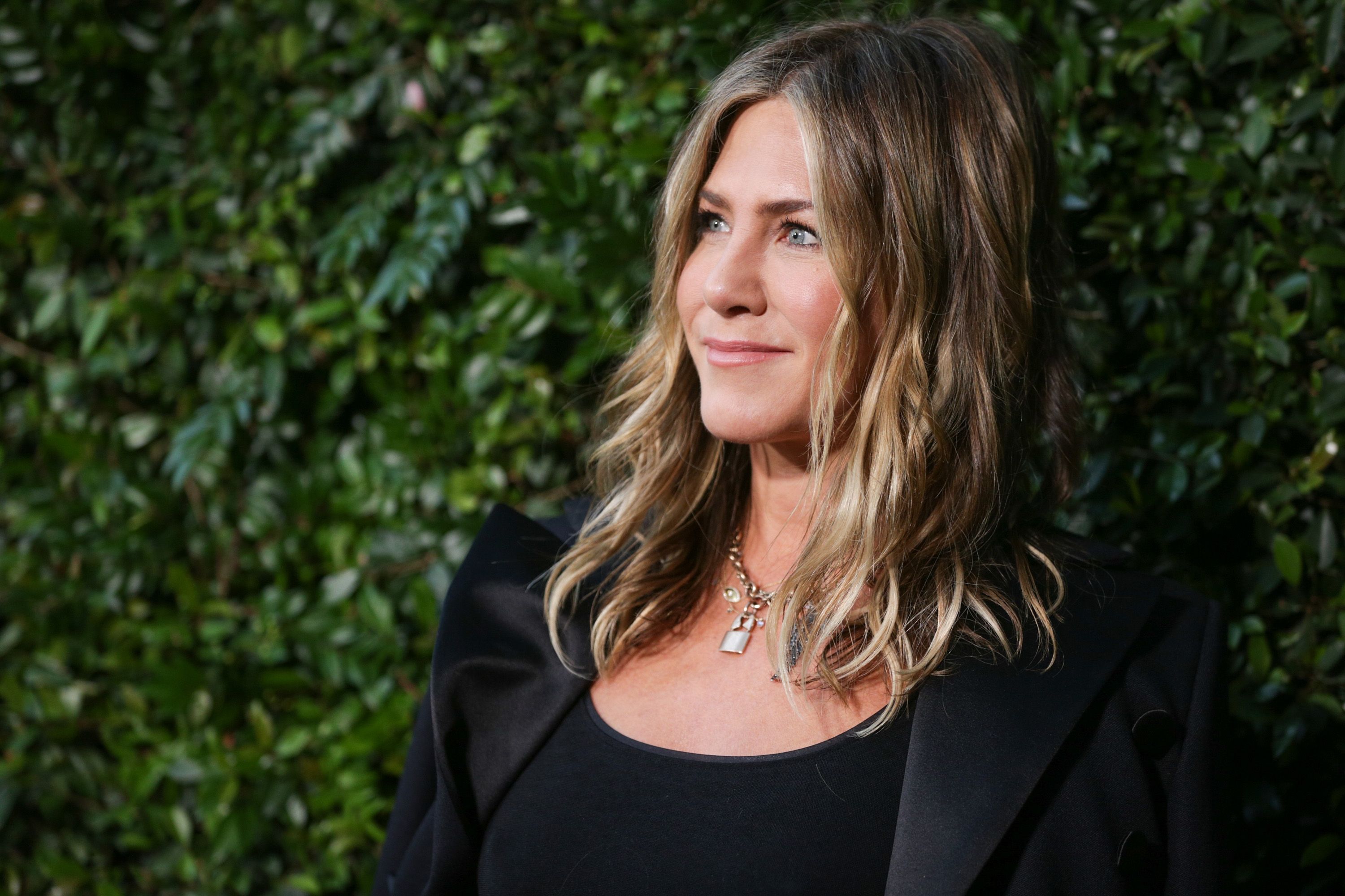 MALIBU, CA - JUNE 02: Jennifer Aniston attends the CHANEL Dinner Celebrating Our Majestic Oceans, A Benefit For NRDC on June 2, 2018 in Malibu, California. (Photo by Rich Fury/Getty Images)