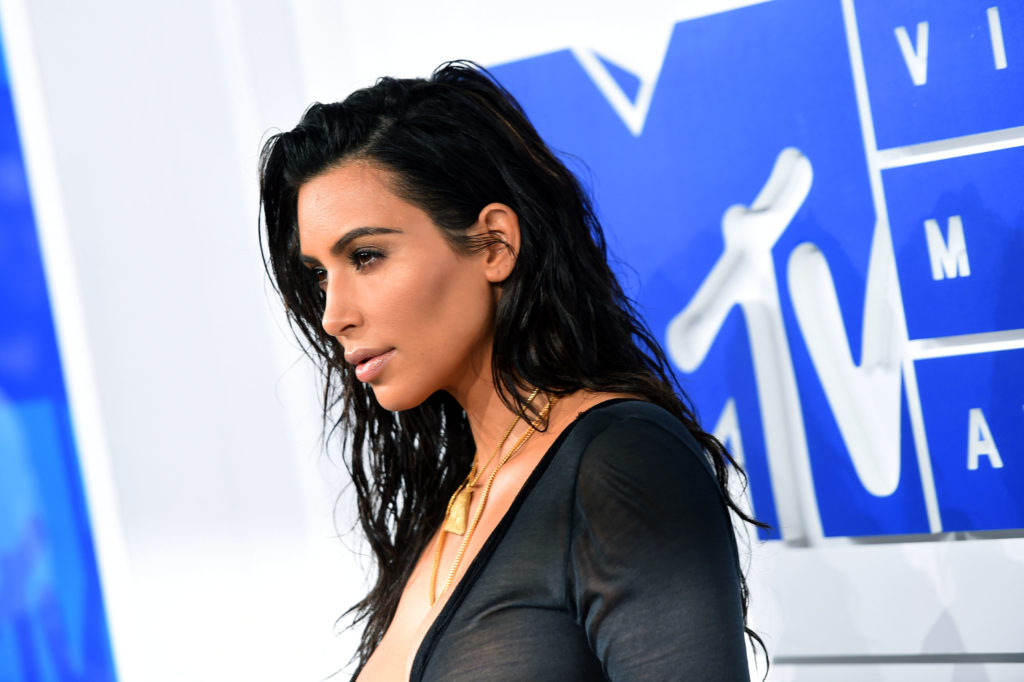 NEW YORK, NY - AUGUST 28: Kim Kardashian West  attends the 2016 MTV Video Music Awards at Madison Square Garden on August 28, 2016 in New York City.  (Photo by Larry Busacca/Getty Images)