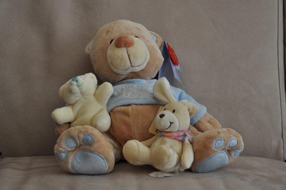 hugs-1167116_960_720