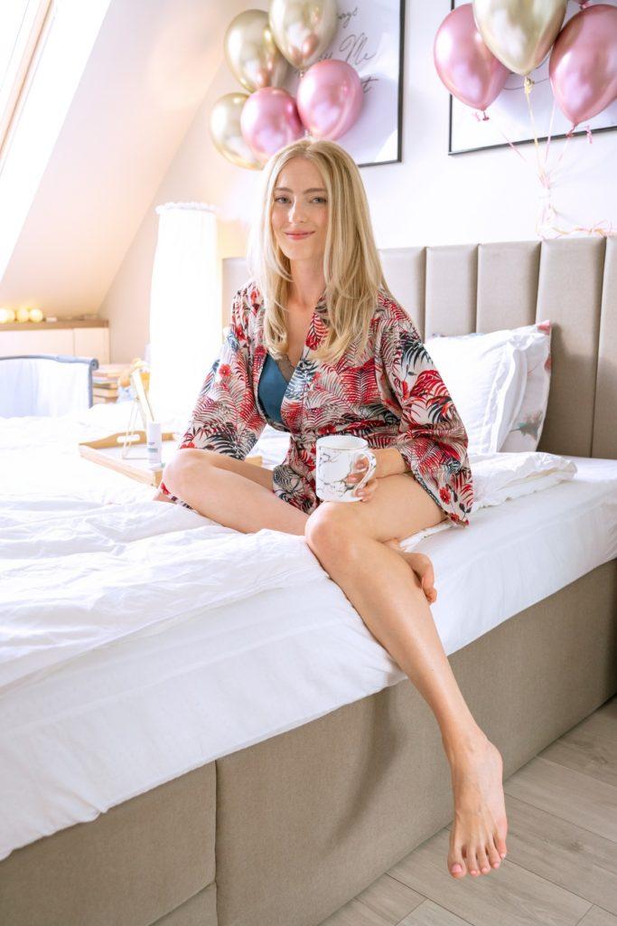 Полина София