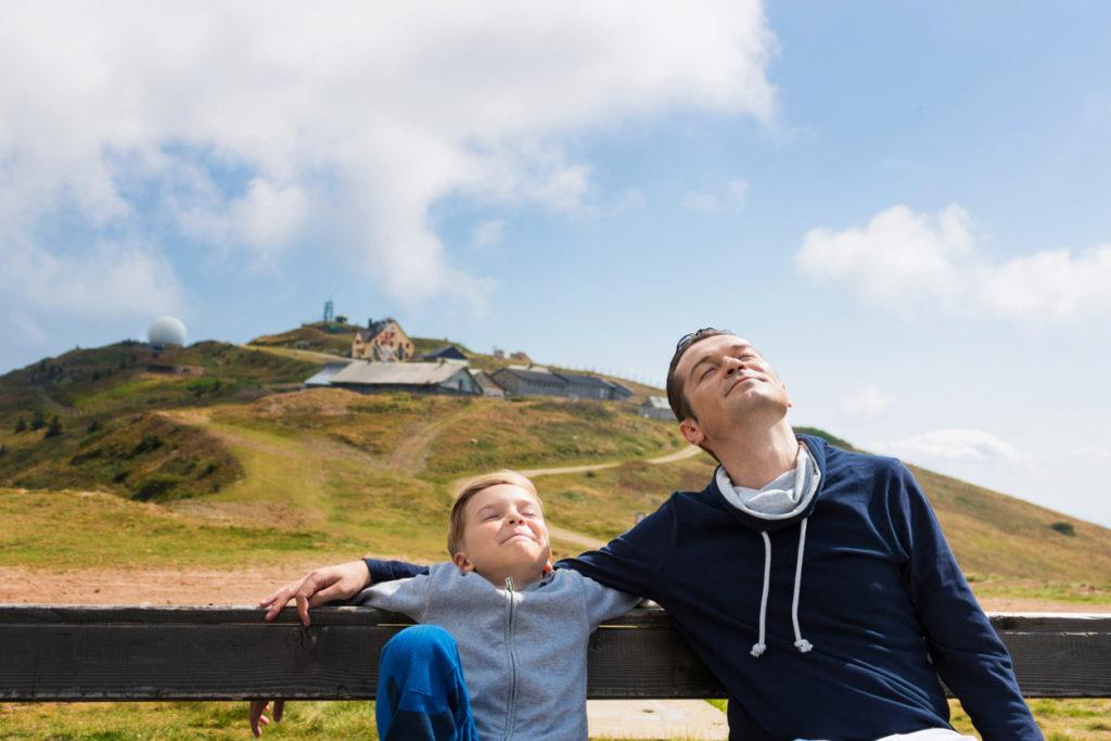 баща и син на планината