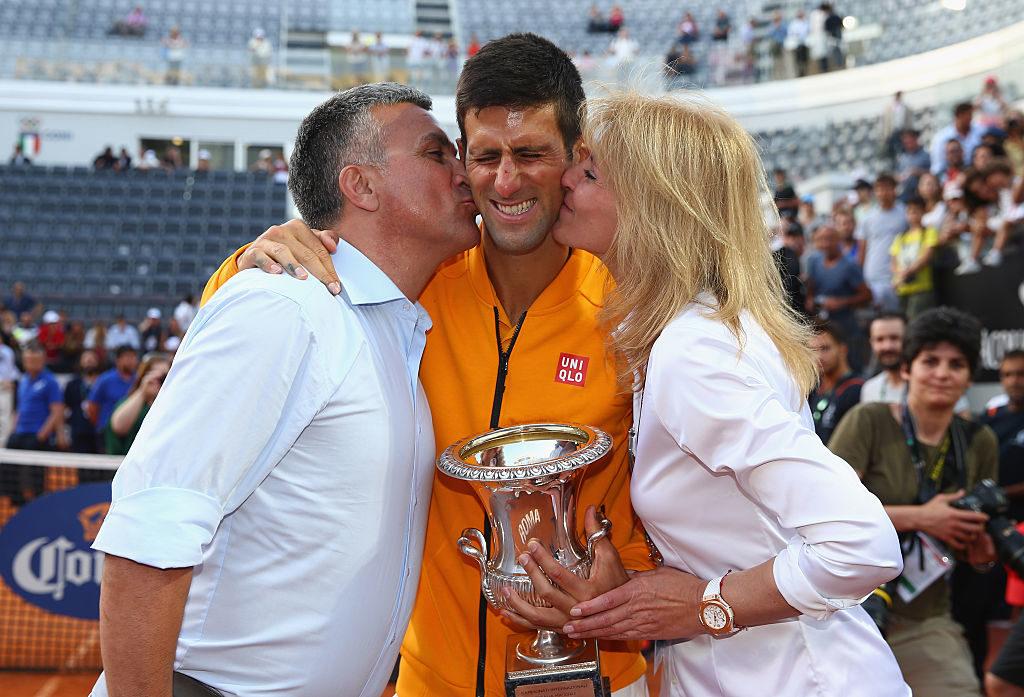 Новак Джокович и неговите родители