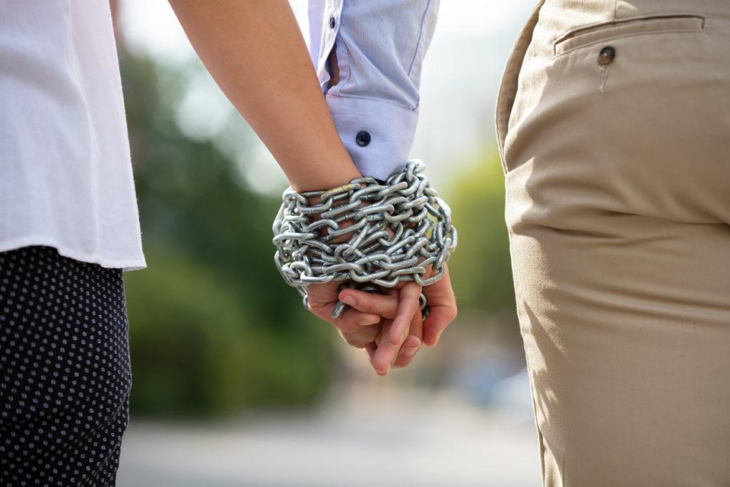 съзависимост, раздяла, брак, връзка, вериги