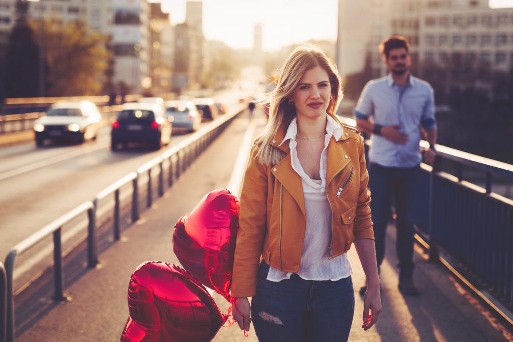 тъжна двойка, раздяла, каране, развод, скарване