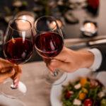 наздраве, двойка, вино, романтика