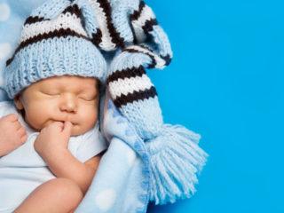 новородено, синьо, бабе с шапка, бебе