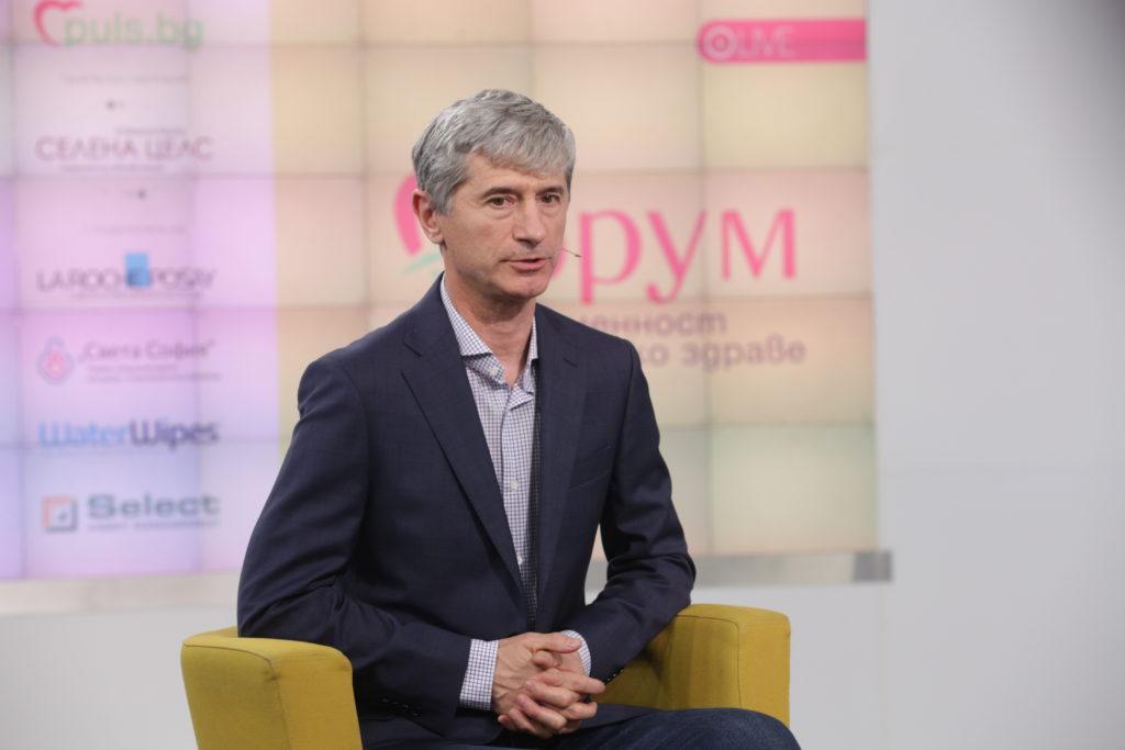 д-р Тихомир Мустаков